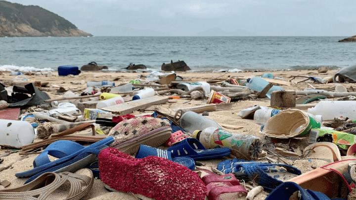 plastic debris ocean beach